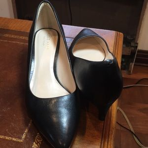 Cole Haan Grand OS LEATHER Heel Pumps. Sz7